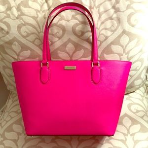 👛NWT Kate Spade Large Hot Pink Tote👛